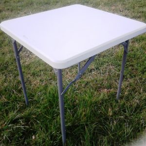 table 70 x 70