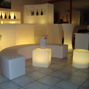 05 - MOBILIER LUMINEUX